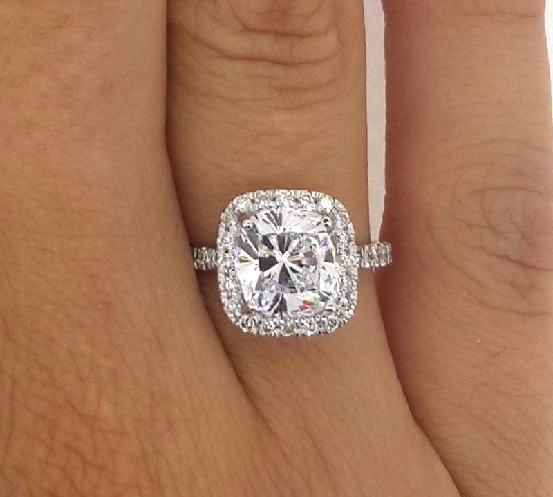 3.00 Ct Cushion Cut D/Vs2 Diamond Solitaire Engagement Ring 18K White Gold