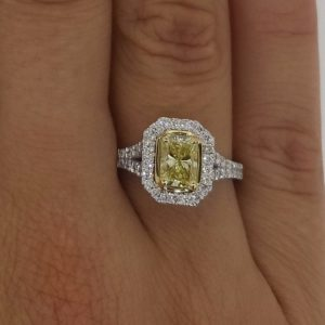 3.5 Carat Radiant Cut Diamond Engagement Ring 18K White Gold