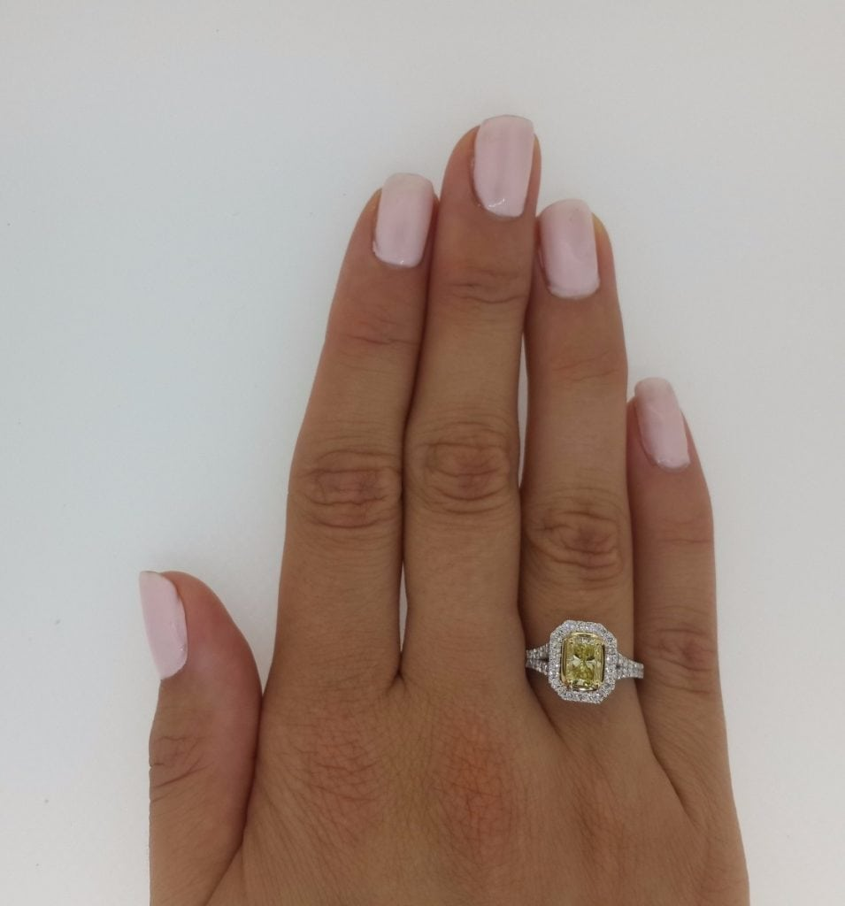 3.5 Carat Radiant Cut Diamond Engagement Ring 18K White Gold 4