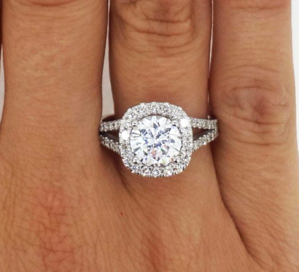 3.60 Ct Round Cut D/Vs2 Diamond Solitaire Engagement Ring 14K White Gold