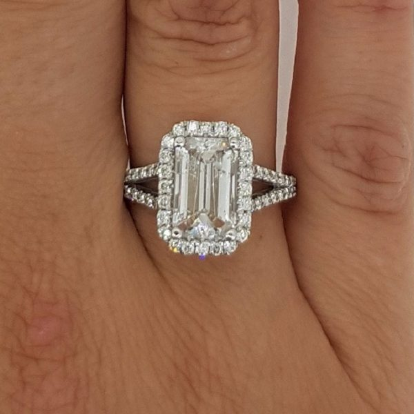 4 carat emerald cut diamond engagement ring ara diamonds. Black Bedroom Furniture Sets. Home Design Ideas