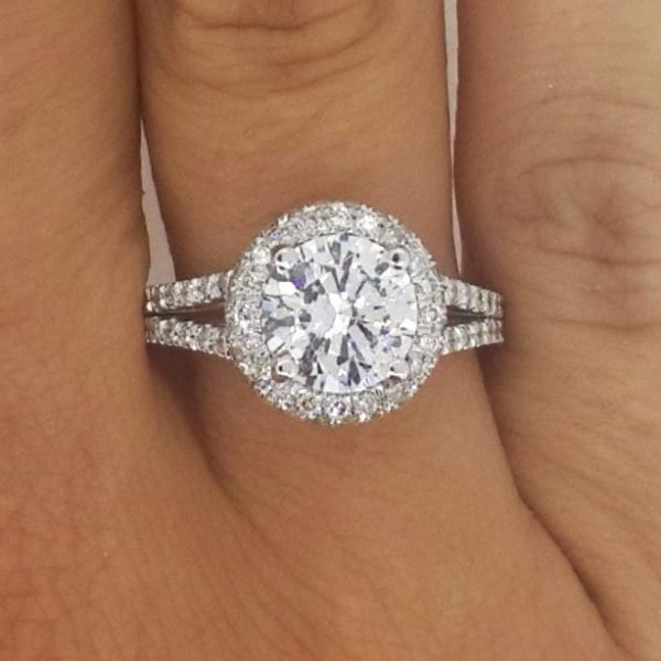 4.10 Ct Round Cut F/Vs2 Diamond Solitaire Engagement Ring 18K White Gold