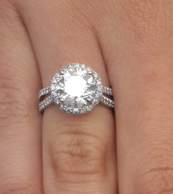 4.25 Carat Round Cut Diamond Engagement Ring 18K White Gold 3