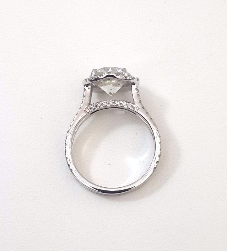4.25 Ct Round Cut DVs2 Diamond Solitaire Engagement Ring 18K White Gold 4
