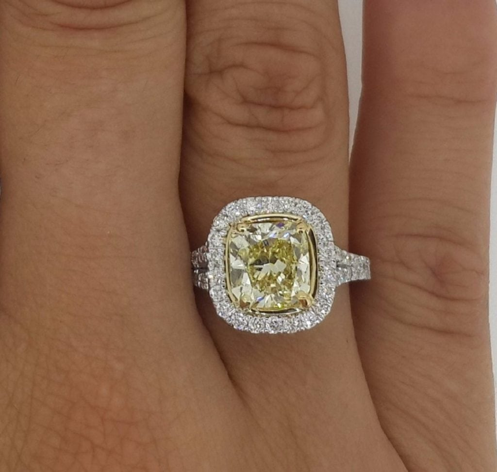 5.00 Ct Cushion Cut Fancy Yellow Vs1 Diamond Solitaire Engagement Ring 18K Gold 2